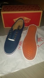 Vans Authentic Rp200.000